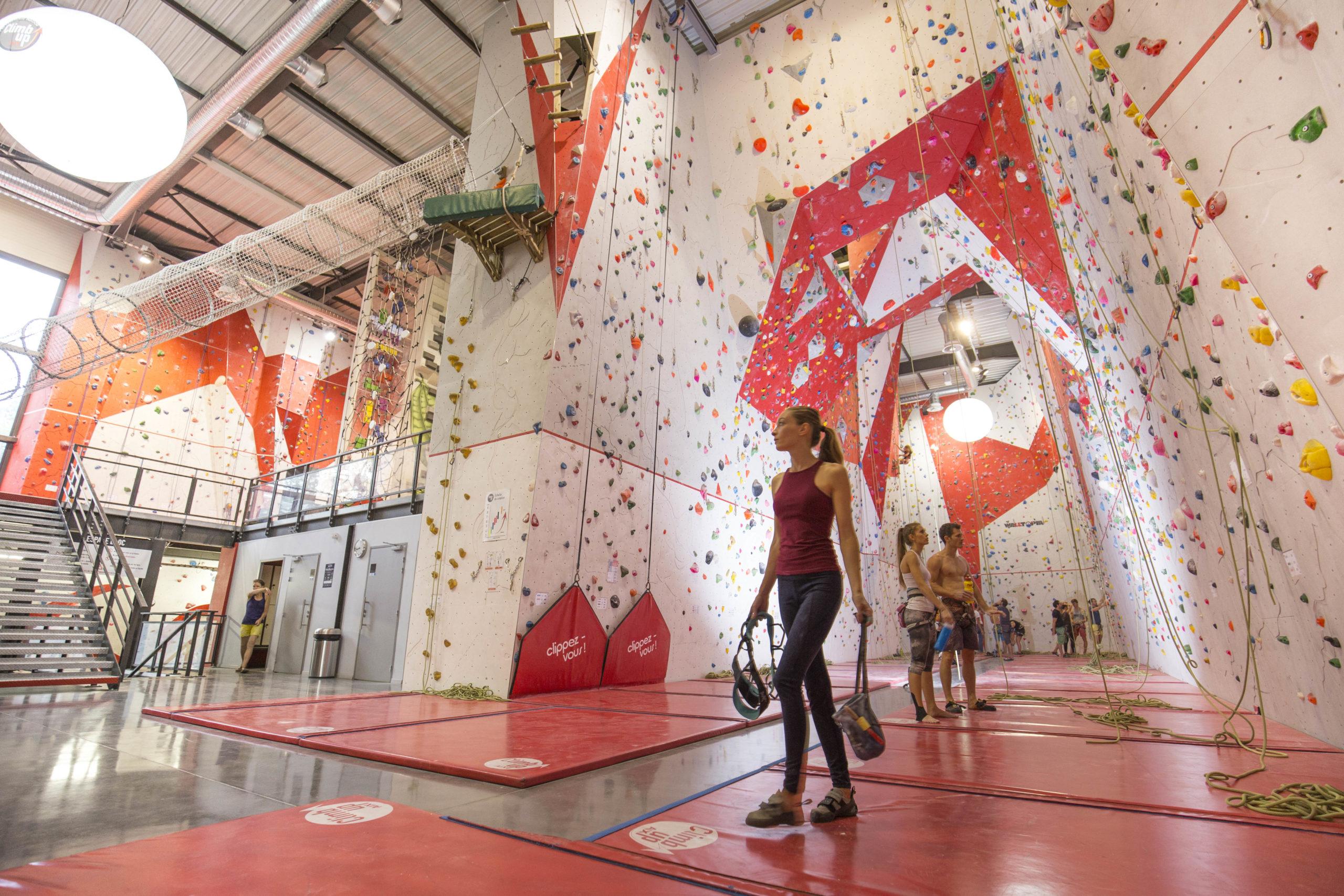 Salle de voies à Climb Up Aix - Bouc Bel Air